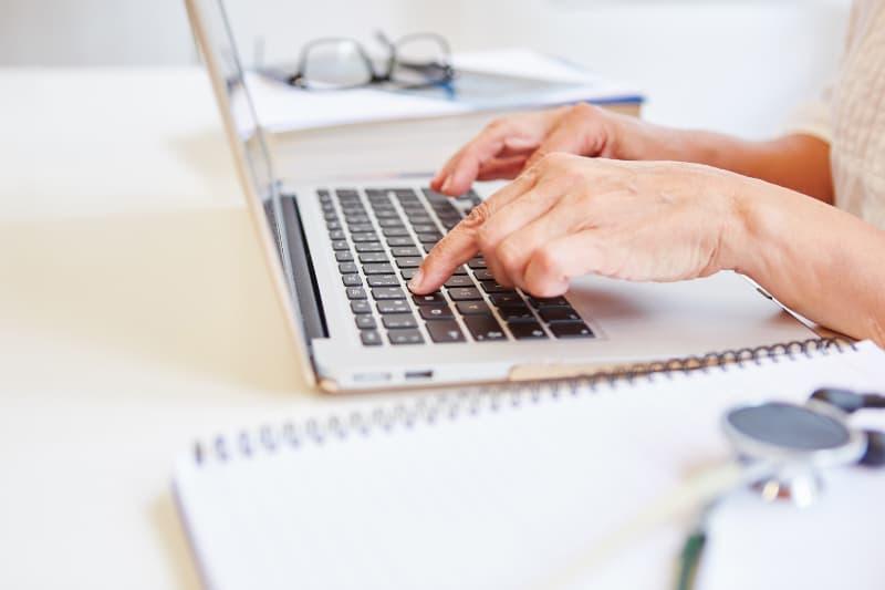 НЗОК: Информацията в пациентските досиета е напълно защитена при ползване на ПИК