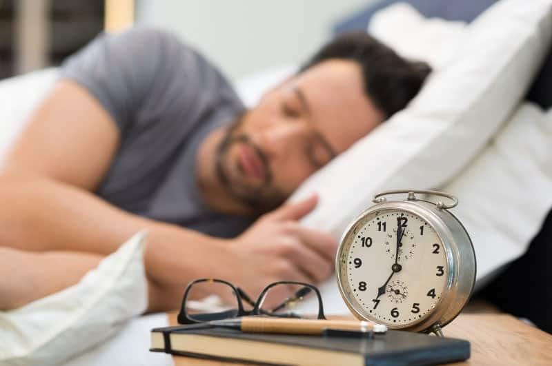 Продължителността на съня повлиява мъжката фертилност