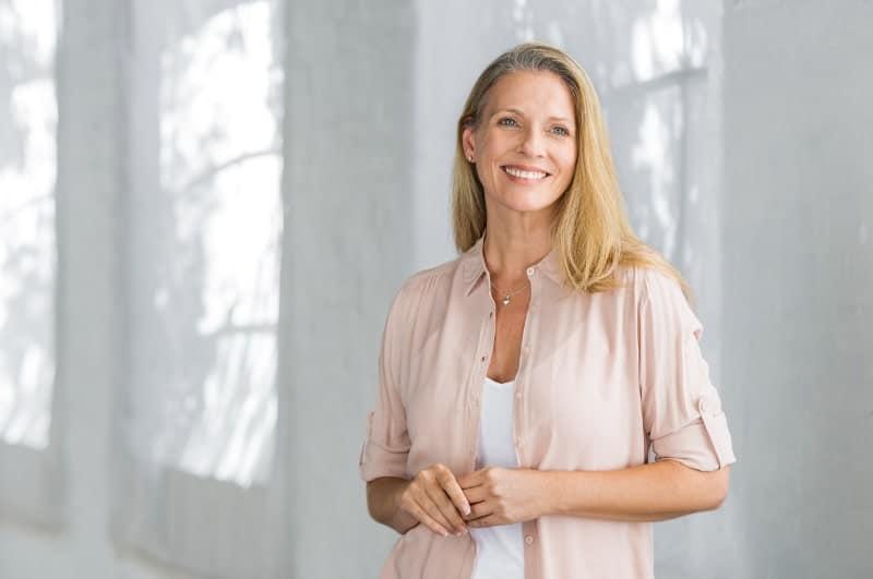 Урогенитален комплекс при менопауза – значение и терапевтичен подход