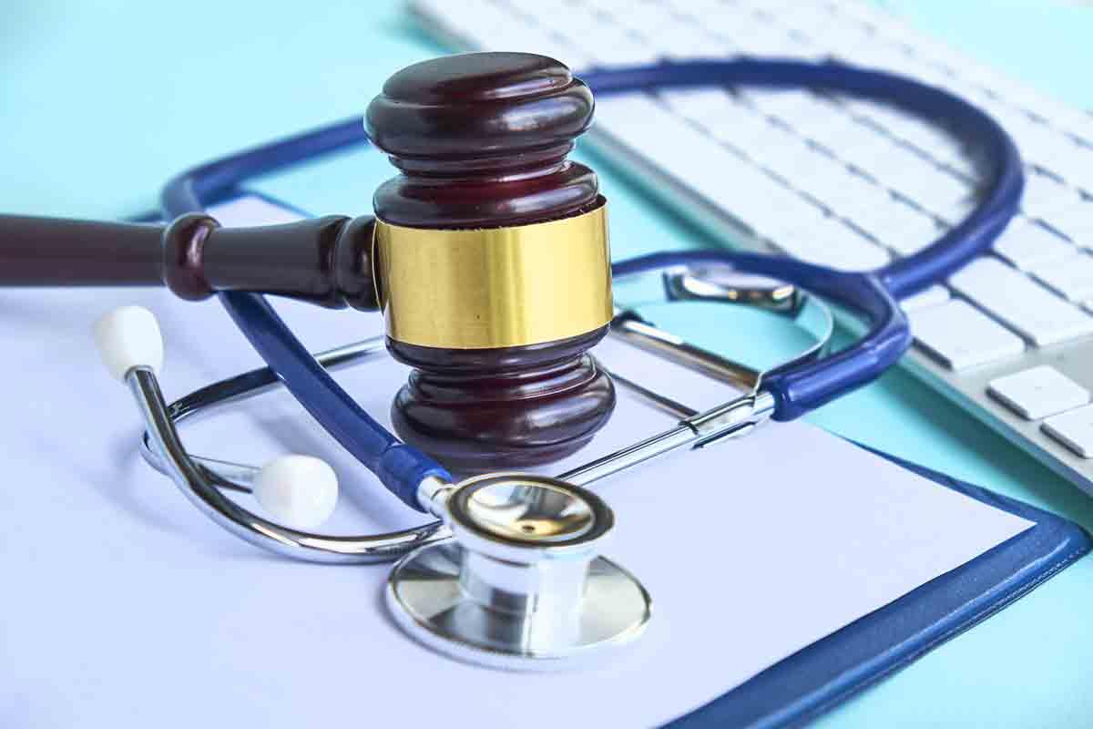 Записано в закон: Аптеките без право на печалба, когато отпускат лекарства от ПЛС