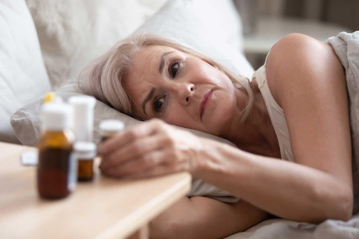 Безсъние при менопауза – научни факти и природни решения