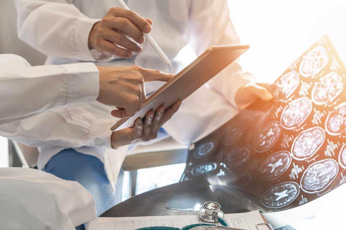 Профилактика на съдови мозъчни инциденти при пациенти с онкологични заболявания