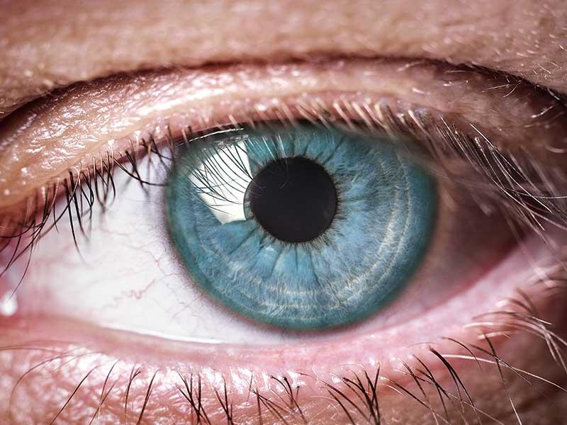 COVID-19 и очната симптоматика