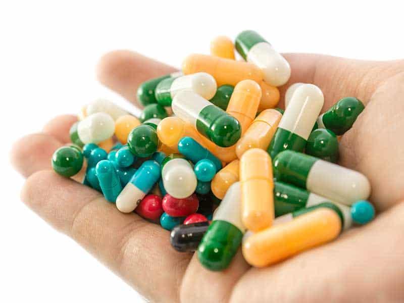Липсващи лекарства ще могат да се заменят с генерици по време на пандемията