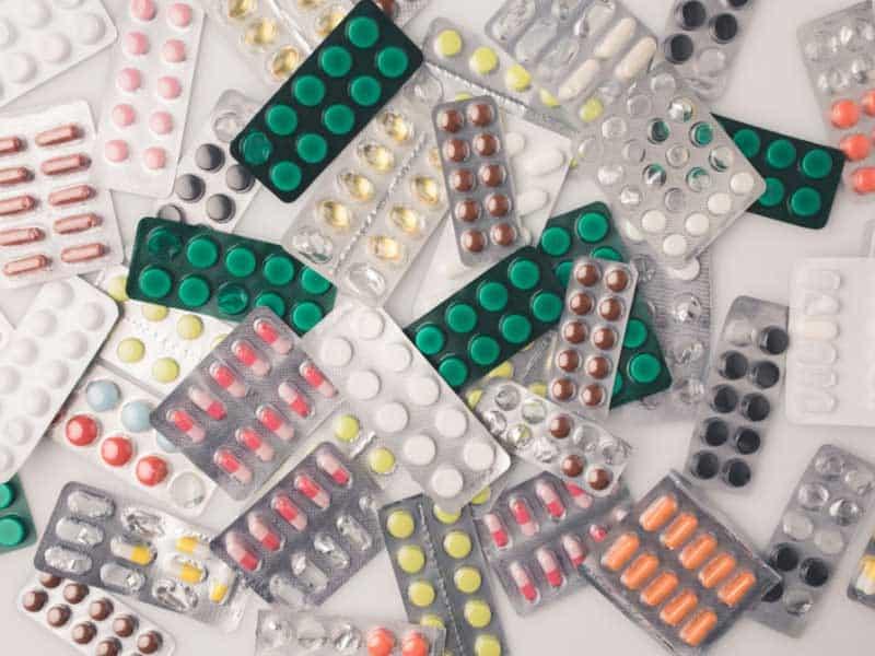 С промени в Закона за здравето, внесени от ГЕРБ, предлагат възможност здравният министър да спира износа на лекарства при епидемия