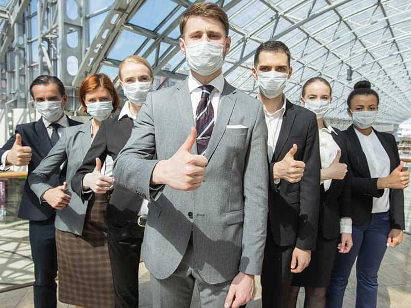 Експерти: Мерките дават резултат, но все още е рано за колективен имунитет