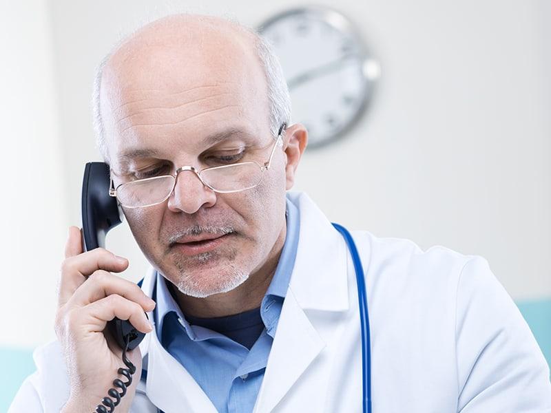 Масовата ваксинация препъна част от личните лекари